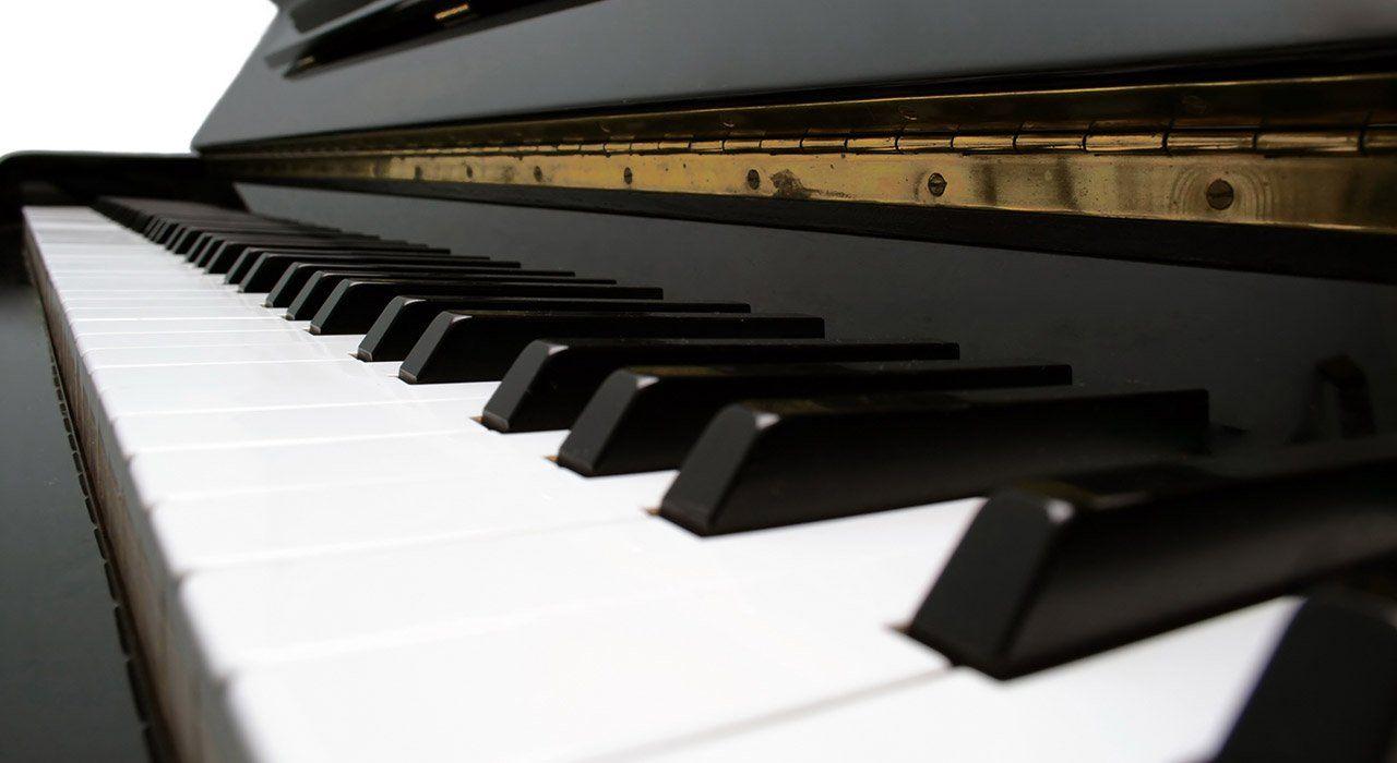 professeur donne cours de piano puteaux 92 pour enfants et adultes motiv s. Black Bedroom Furniture Sets. Home Design Ideas